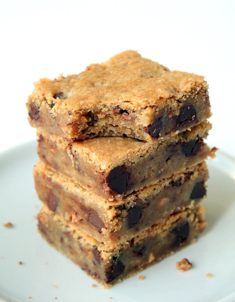 Heath Bar Crunch Cookie Bars