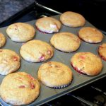 (Healthy) Double Strawberry Cream Cheese Filled Muffins