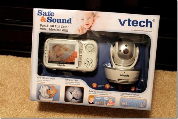 VTech Safe&Sound® Pan & Tilt Full Color Video Baby Monitor