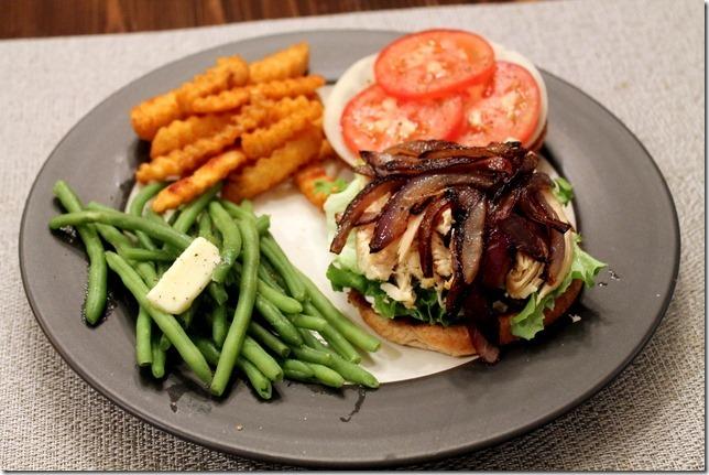 chicken sandwich dinner