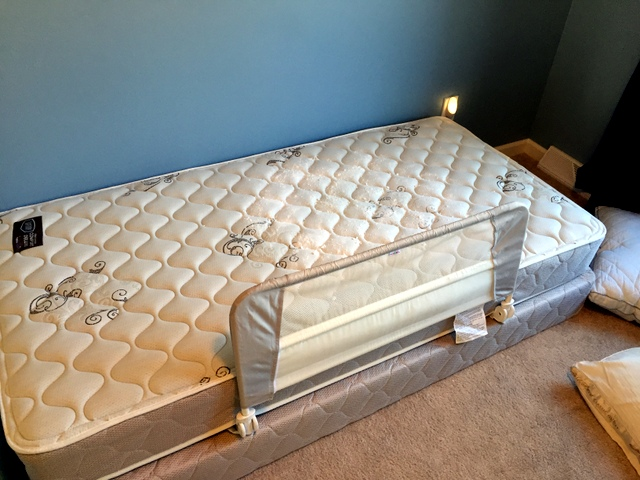 600 000 People Each Year Full Size Queen Mattress Set On Sale Have Also Made Inflating
