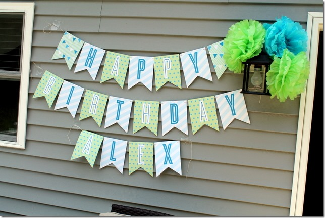 Minted Blue Big Top Circus Party Décor