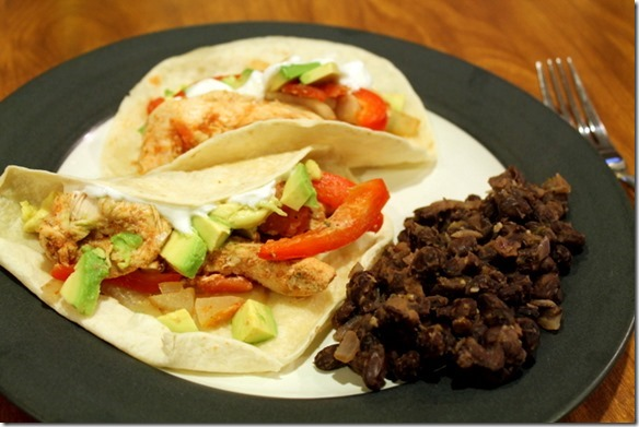 chicken fajitas with black beans