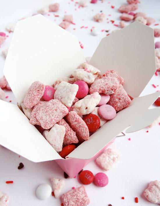 valentines puppy chow