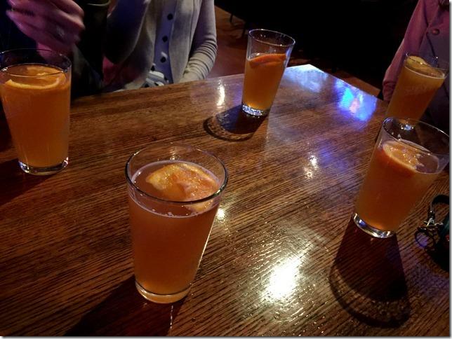 round of blue moon beer