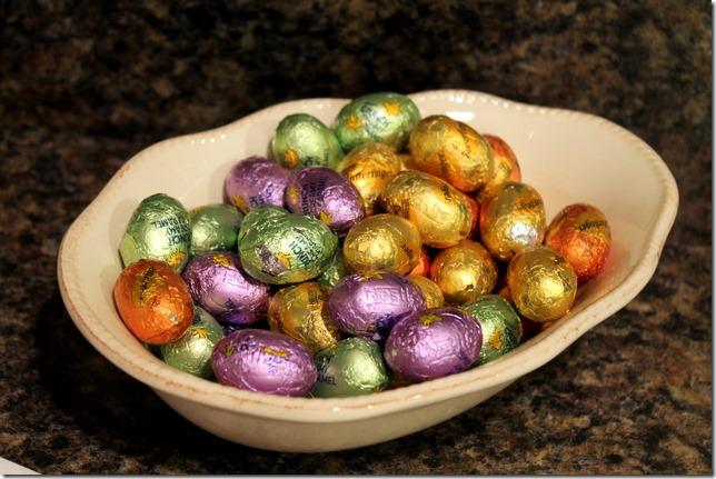 nestle crunch eggs